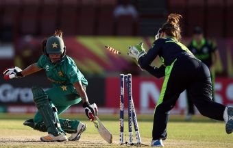 Pakistan overcome slow start to defeat Ireland at WT20