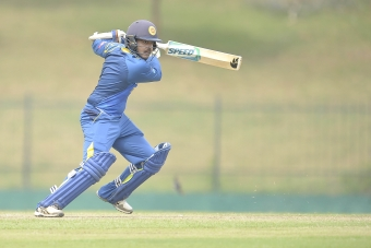 Fernando fireworks - and final five overs - sink Ireland Wolves in Colombo