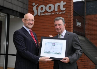 Cricket Ireland receive Sport NI Award