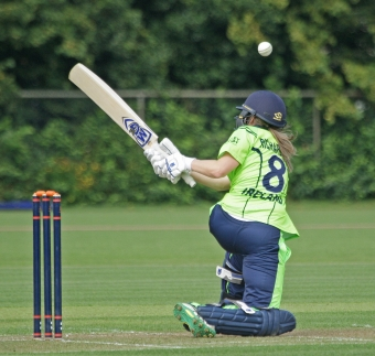 Ireland Women fall just short in tight run chase
