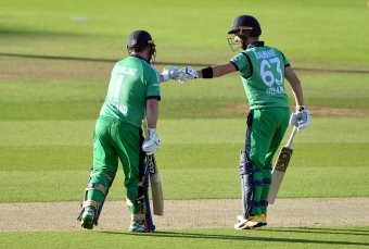 Remarkable record-breaking run chase sees Ireland beat England by 7 wickets