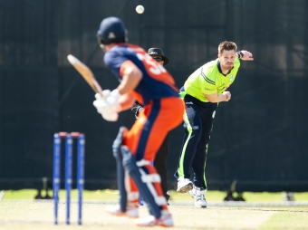 Miracle in Muscat as Poynter hits six off last ball to win match