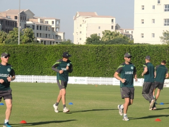 Ed Joyce Century Guides Ireland to Victory Over UAE in Dubai